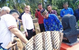 15 Dubes Kunjungi Sentra Industri Kain Tapis Pringsewu