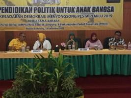 150 Peserta Antusiasi Ikuti Seminar Politik AMPG Bandar Lampung