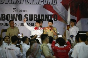 Prabowo: Saya Datang Dengan Ridho Ficardo, Tahu Kan Apa Maksudnya?