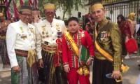 Pangeran Sekala Bkhak Alprinse Hadiri Upacara di Istana Negara