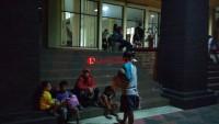 Gedung DPRD Bandar Lampung Juga Dipadati Pengungsi
