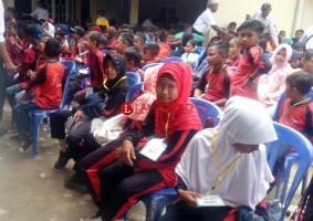 20 Anggota TNI Dampingi Anak Yatim Mesuji ke Taman Mini