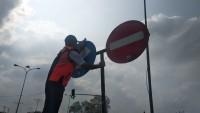 240 Marka Jalan Dibersihkan dalam Aksi Sipantas di Lampung