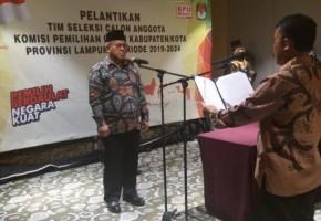 25 Orang Timsel KPU Se-Lampung Dilantik