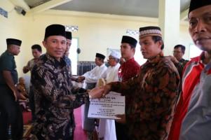 3 Pekon di Lumbok Seminung Dapat Bantuan Mobil Operasional