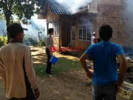 3 Rumah Milik Warga Sukawangi Ludes Terbakar