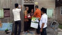 300 Warga Pematang Dapat Bingkisan Sembako dari Bupati Lamsel