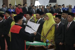 40 Anggota DPRD Pringsewu Periode 2019-2024 Dilantik