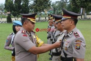 6 Pejabat di Polres Lambar Diserahterimakan