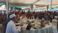 ACT dan Pemprov Makan Bersama dengan 1.000 Masyarakat