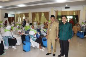 Ahdah Barori Kunjungi Jemaah Calon Haji Lampung di Asrama Haji