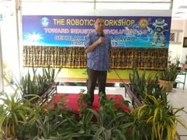 Akademisi UBL Berikan Workshop Robotika dan Revolusi Industri 4.0 di Filipina