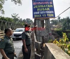 Akan Dilintasi Alutsista, Dandim 0427 Cek Kondisi Jembatan di Way Kanan