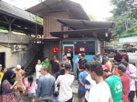 Aktivitas 3 Perusahaan Diduga Penyebab Banjir, Warga Panjang Demo
