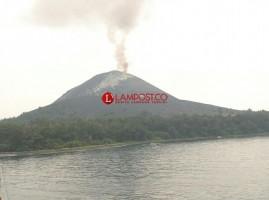 Aktivitas Gunung Anak Krakatau Turun Dua Hari Ini