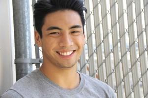 Aktor Indonesia Ini Dijuluki Asian Cowboy di Hollywood