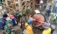 Anggota Kodim 0422 Lambar Gotong royong Bangun Masjid
