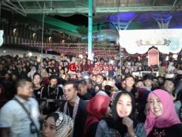 Antusias Tonton Sabyan Gambus di FESyar, Ribuan Warga Padati Lampung Walk