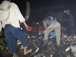 Api Padam, Pedagang Punguti Barang Dagangan Yang Masih Bisa Dimanfaatkan