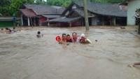 Banjir Rendam 35 Rumah Warga Sidomulyo
