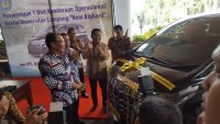 Bank Bukopin Salurkan Bantuan Toyota Alphard ke Unila