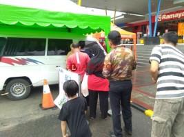 Banyak Warga Tak Tahu Ada Penukaran Uang Baru di Mal Lampung