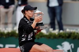 Barty Ratu Baru Roland Garros