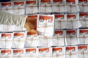 Bawaslu Awasi Pendistribusian Surat Suara Pemilu