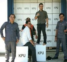 Bawaslu Pesisir Barat Cek Kotak Suara Pemilu 2019 di Gudang Logistik KPU