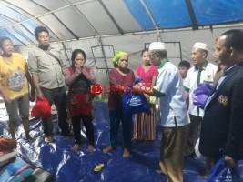 Baznas dan PWI Bantu Korban Banjir di Menggala