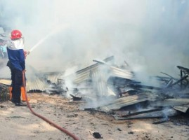 Bekas Kantor Pengembang Pasar SMEP Terbakar