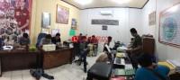 Bekuk Pengedar Ganja, Anggota Polisi Diteriaki Maling di Kotabumi Udik
