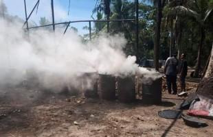 Belum Ada Izin Lingkungan, Camat Palas Hentikan Usaha Pembuatan Arang