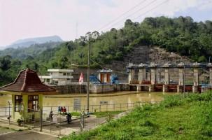 Bendungan PLTA Tercampur Sampah, Kelistrikan Lampung Defisit