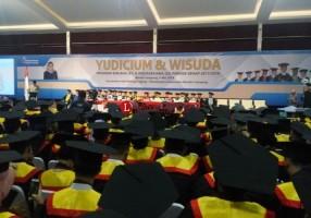 Besok, Yayasan Dharma Wacana Metro Mewisuda 217 Mahasiswa