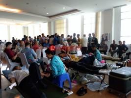 BI dan Perbankan Sumbang 250 Kantong Darah