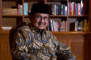 BJ Habibie Jalani Perawatan Intensif di RSPAD Gatot Soebroto