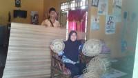 BKL Kemalo Abung Kembangkan Kerajinan Ayaman Pelepah Sawit