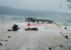 BMKG Lampung: Waspada Angin Kencang 20 knots dan Gelombang Tinggi 2,8 M