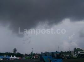 BMKG Lampung: Waspadai Potensi Hujan Lebat Disertai Petir