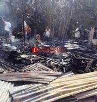 Bocah Main Korek,  Rumah Warga Bakauheni Terbakar
