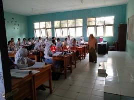 Bulan Ini, BOS SD dan SMP di Lampung Disalurkan