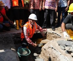 Bupati Lambar Tandai Pembangunan Puskesmas di Suoh