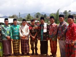 Bupati Lambar Umrohkan Komandan Upacara Peringatan Hari Santri