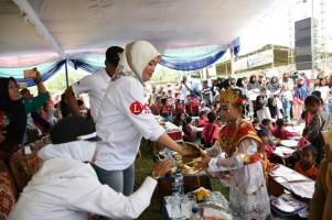 Bupati Lamtim Buka Festival Desa Girikarto di Sekampung