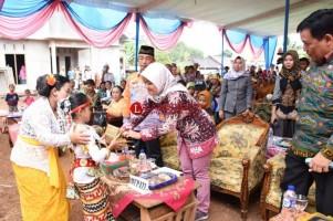 Bupati Lamtim Buka Festival Desa Negeri Jemanten Kecamatan Margatiga