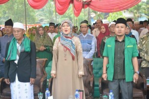 Bupati Lamtim Hadiri Pengajian Akbar Muslimat NU dan Halal Bihalal KBNU