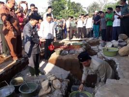 Bupati Parosil Ajar Masyarakat Ikut Partisipasi Membangun Masjid