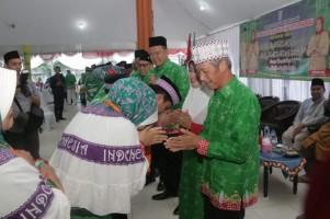 Bupati Pringsewu Lepas Keberangkatan 436 Jemaah Calon Haji