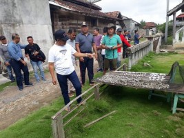 Bupati Tubaba Blusukan ke Pagar Dewa Ajak Seniman Bali
